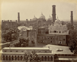 Lahore. Samadh of Ranjit Singh by the fort.